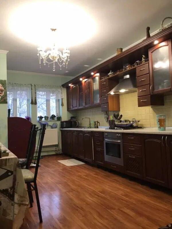 4 комнатная квартира на Фонтанской Дороге