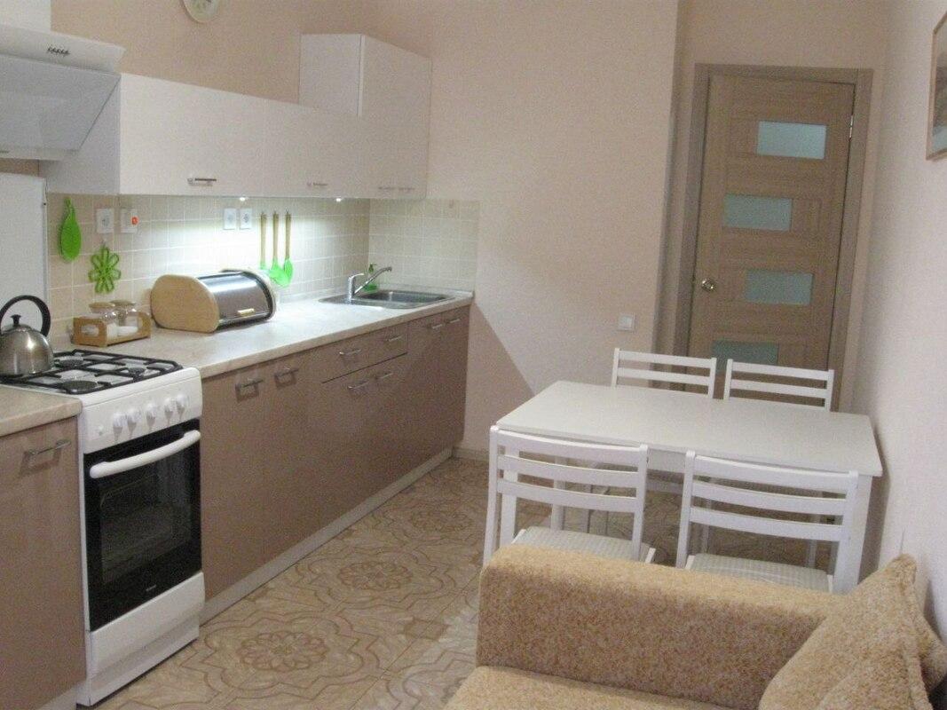 1-комнатная солнечная квартира с ремонтом в Академгородке