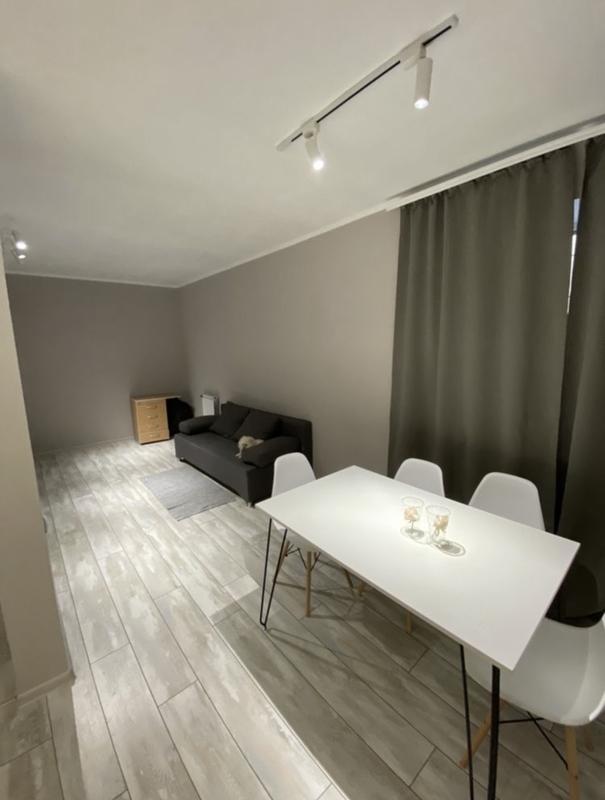 1-комнатная студия в центре на улице Дюковской