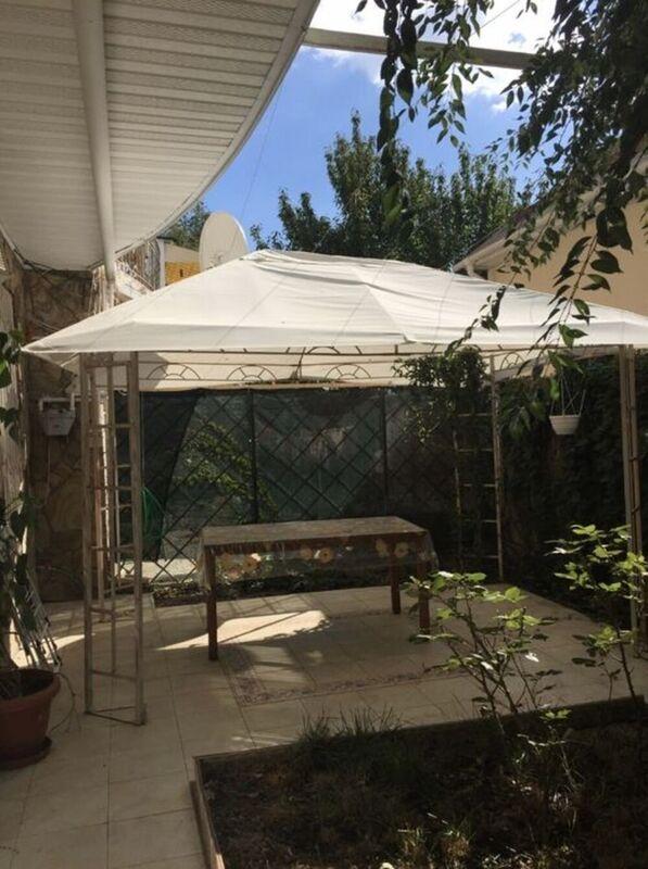 1-Комнатная с ремонтом и своим двориком возле моря и парка