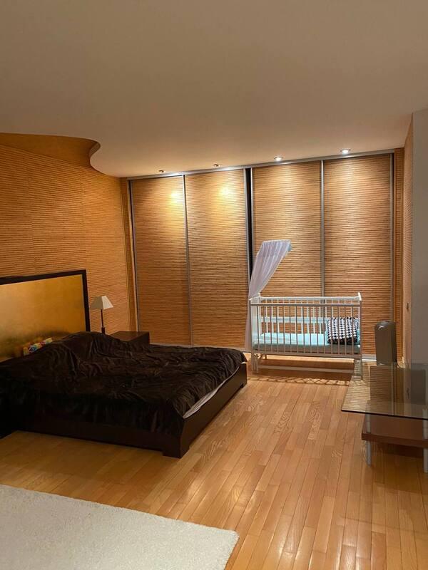 3 комнатная квартира в приморском районе
