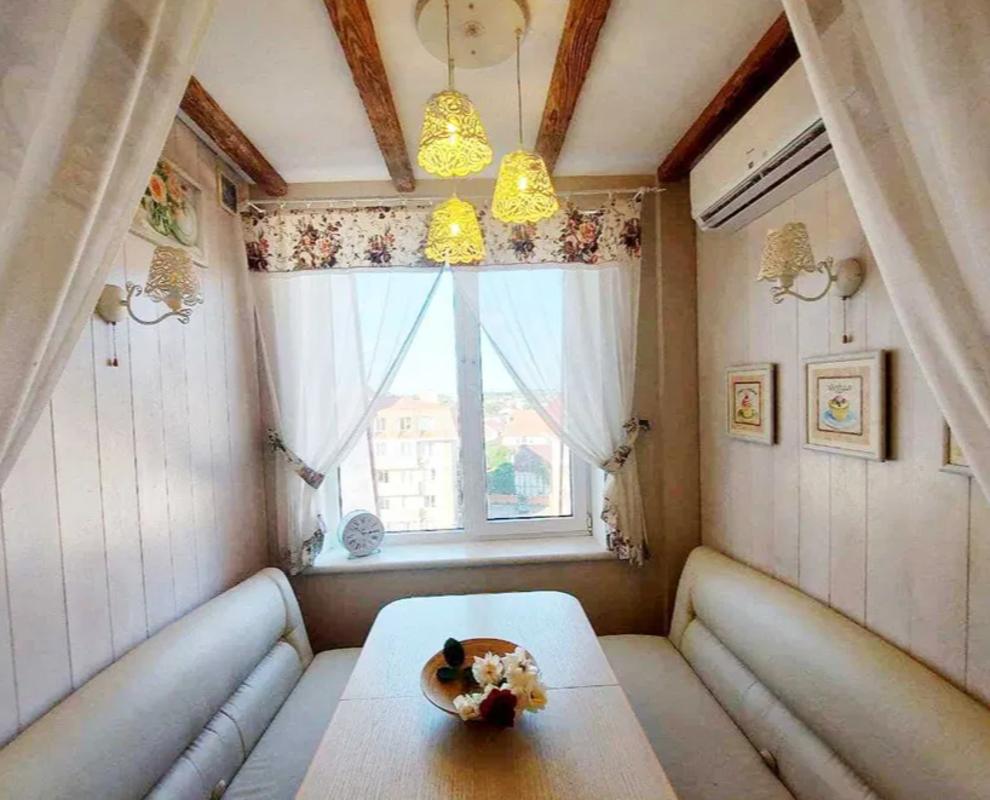 Двухкомнатная квартира в жилом комплексе Академгородок Совиньон
