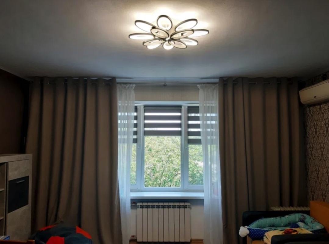 2-комнатная квартира на Адмиральском проспекте