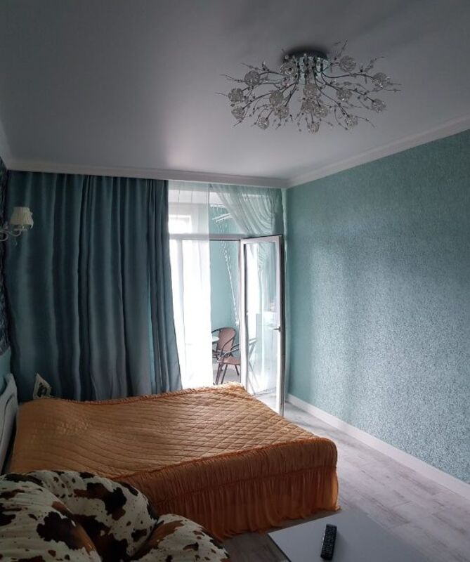 Квартира 80 м2 с ремонтом в 35 й Жемчужине