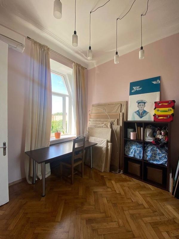 4-комнатная квартира на Екатерининской