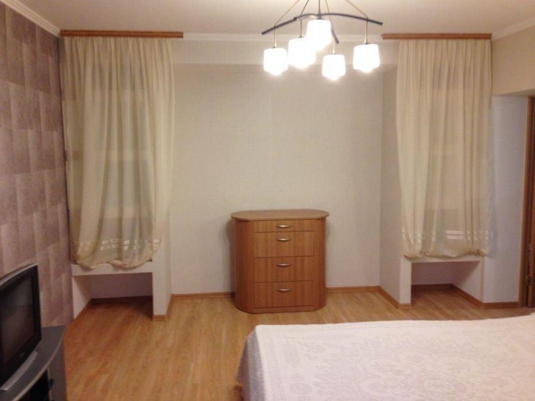 Большая 3 комнатная квартира на Вильямса