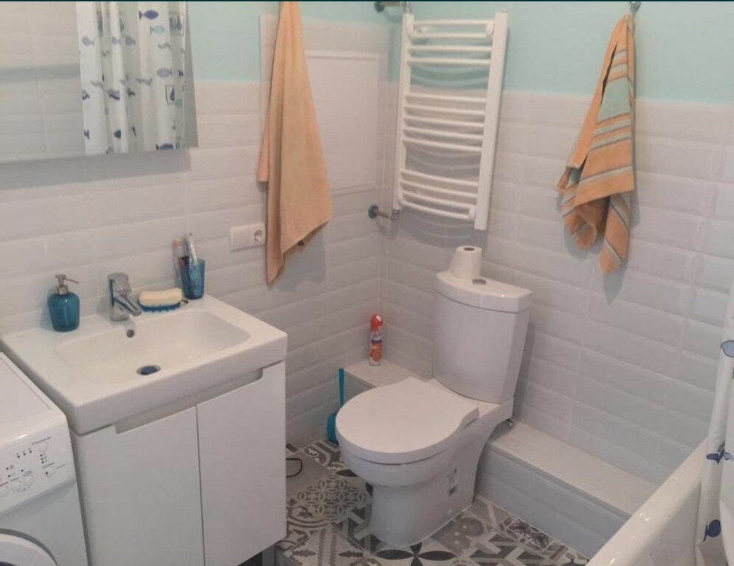 1 комнатная квартира с ремонтом в Аркадия Хиллс