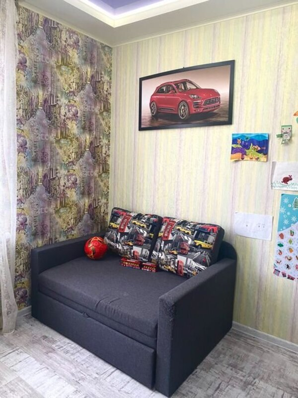 Двухуровневая квартира в ЖК Радужный