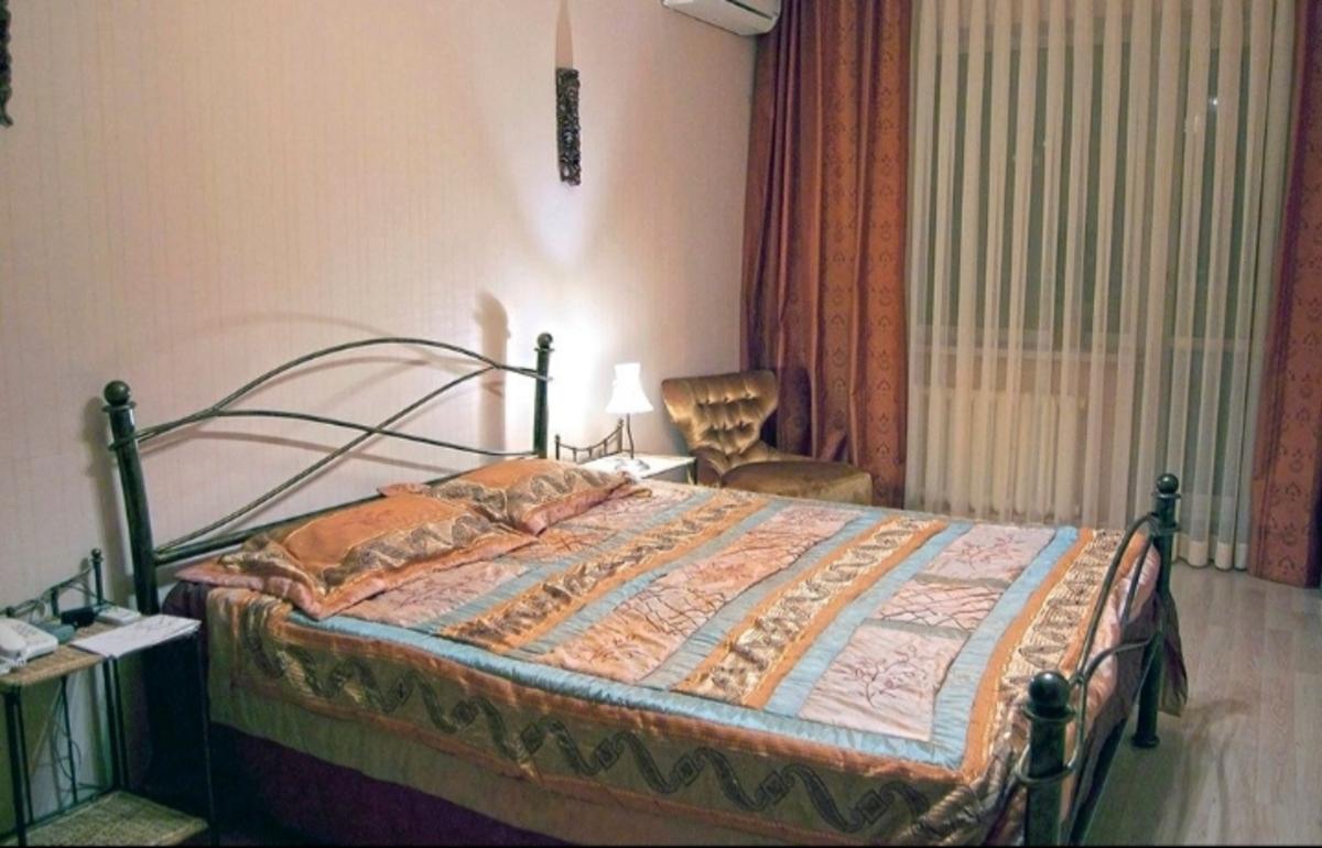4 комнатная квартира в кирпичном доме на Педагогической