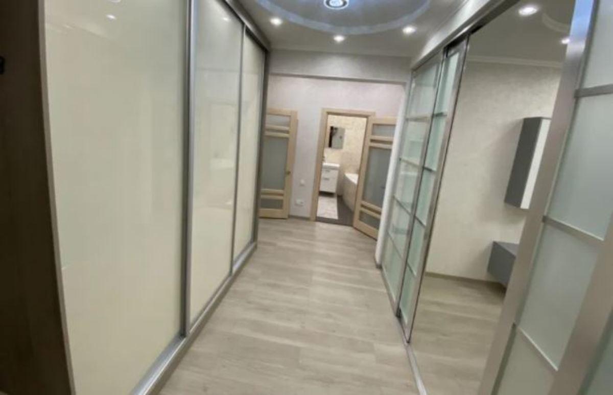 2-комнатная квартира с ремонтом в ЖК Альтаир