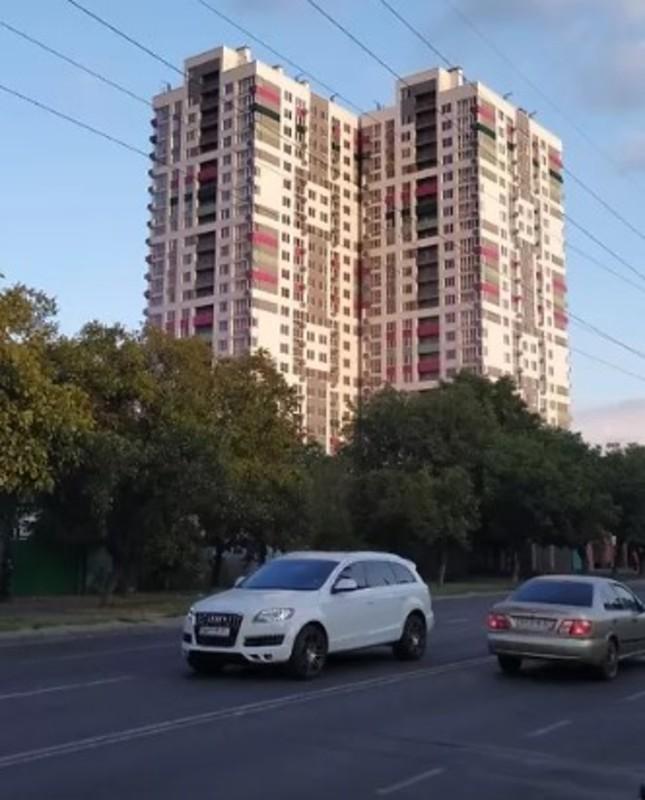 2 комнатная квартира на ул. Костанди