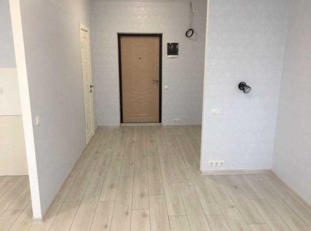 1 комнатная квартира с ремонтом в Акварель 1