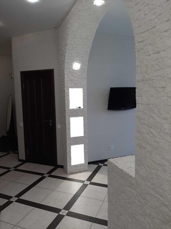 2 комнатная квартира на улице Макаренко
