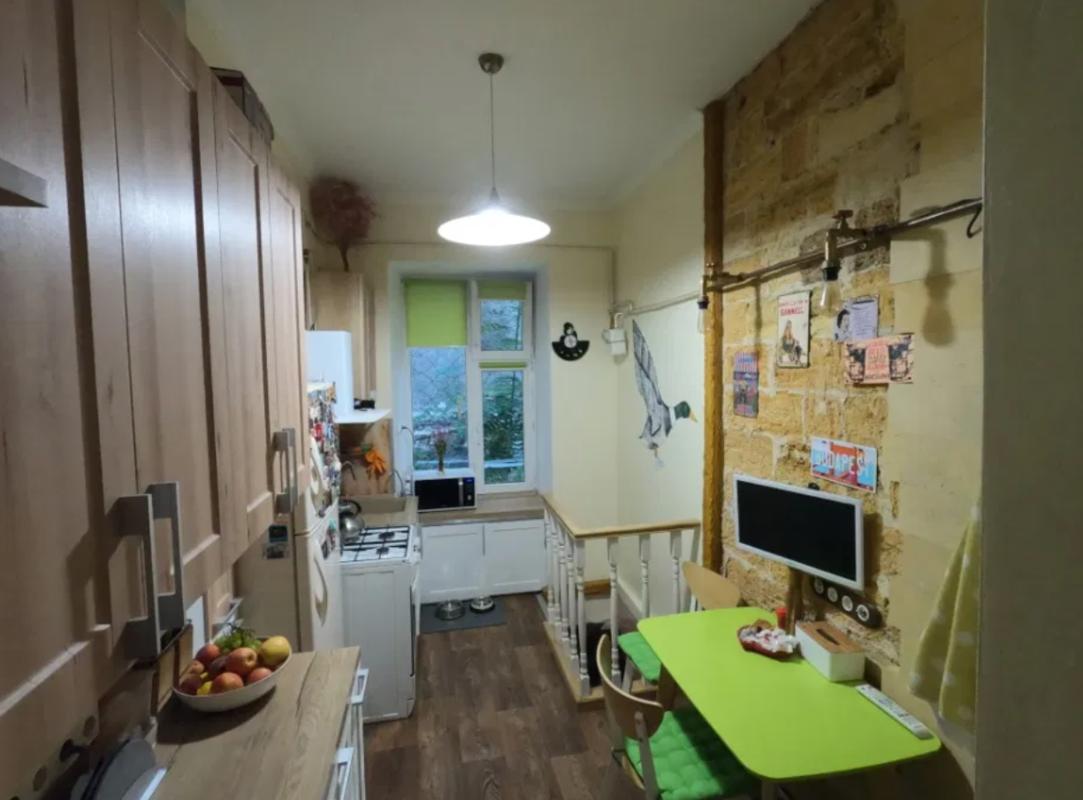 2 комнатная квартира на улице Екатериненская