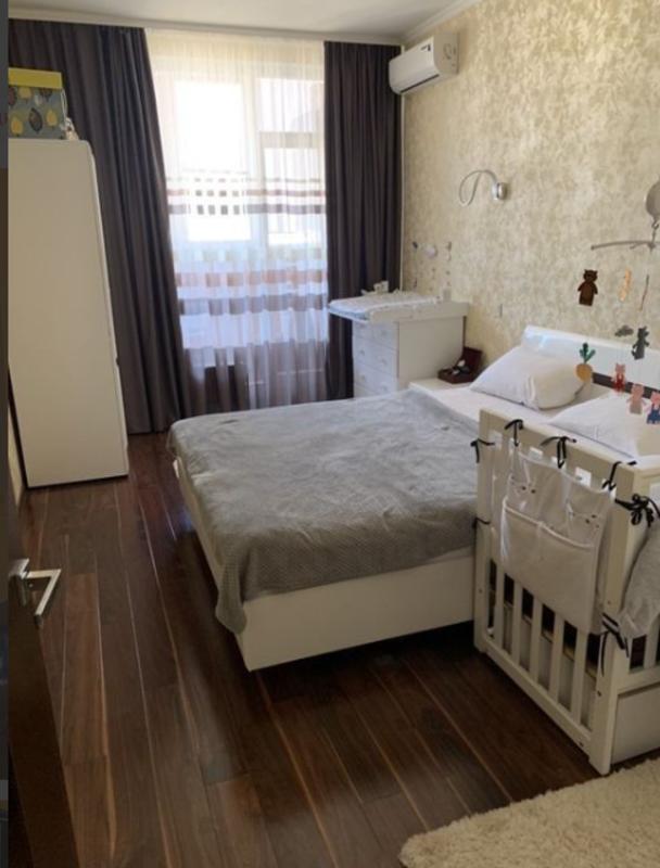 2-комнатная квартира в Гольфстриме на Генуэзской.
