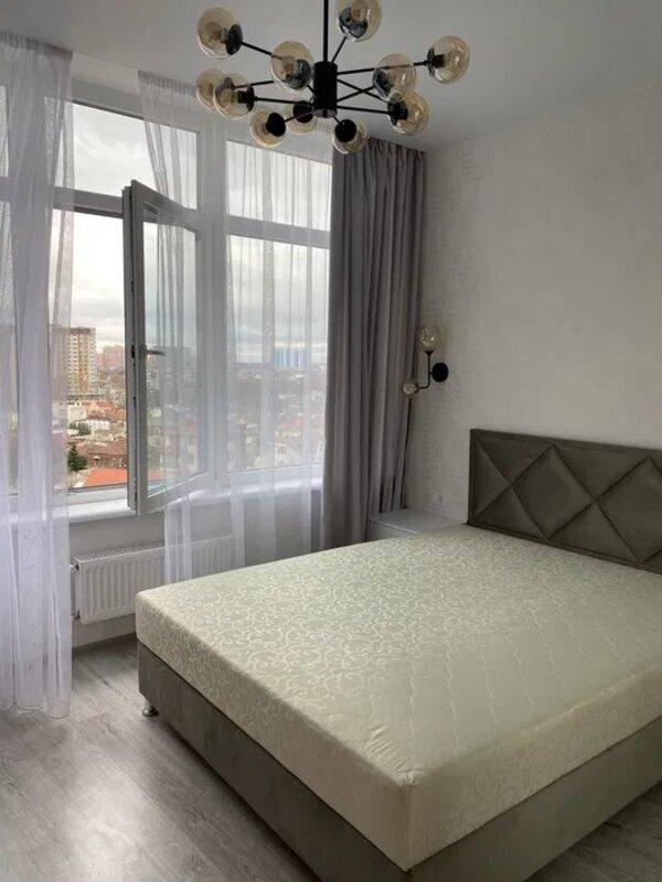 1-комнатная квартира в 48 Жемчужине на Каманина