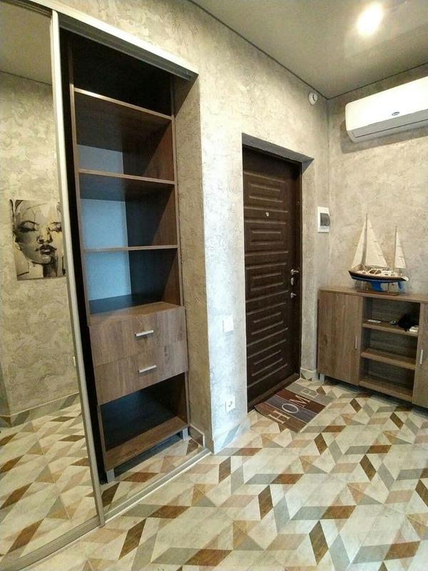 1 комнатная квартира с ремонтом в 34 Жемчужине