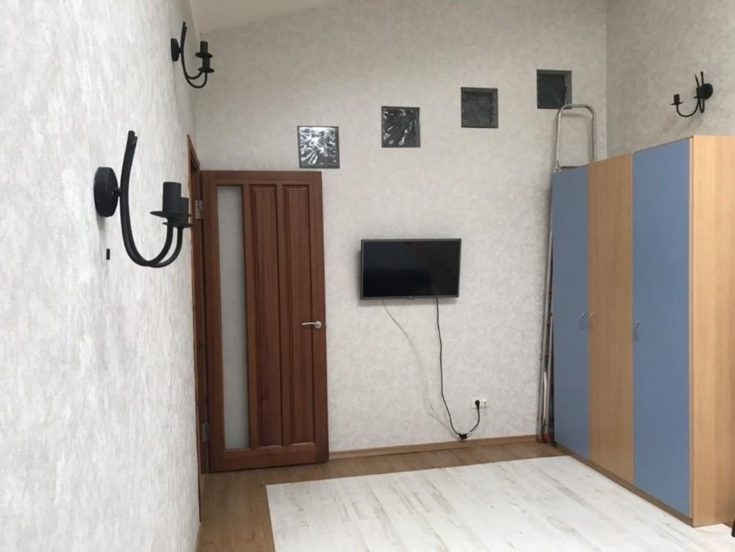 Двухуровневая квартира в центре на Дерибасовской
