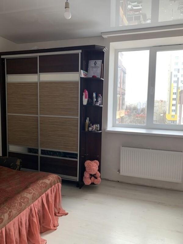 2 комнатная квартира в кирпичном доме на улице Плиева