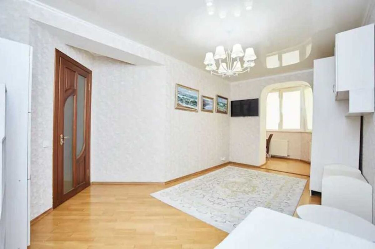 3 комнатная квартира в ЖК Каменный Цветок