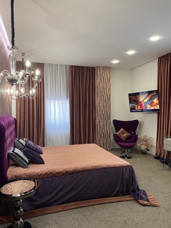 3 комнатная квартира с ремонтом в 6 Жемчужине