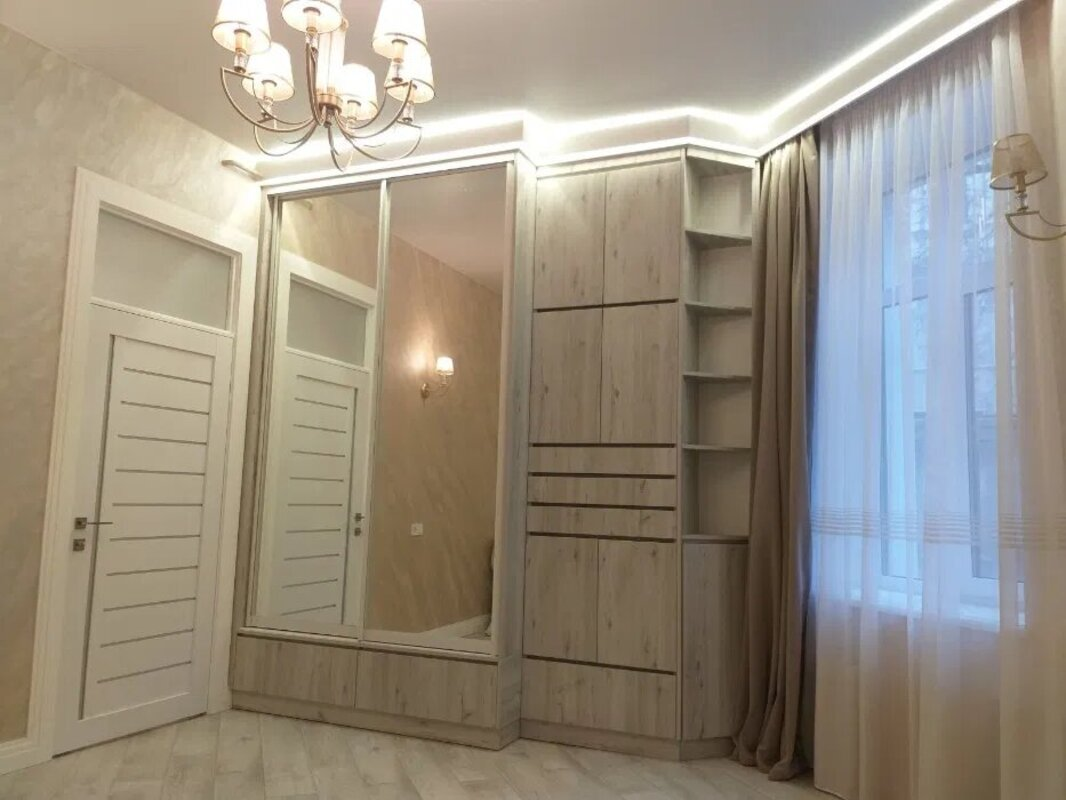 3-комнатная квартира на улице Преображенской