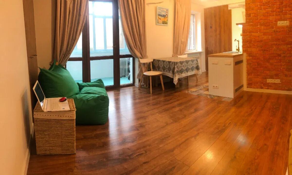 1-комнатная квартира на Французском Бульваре