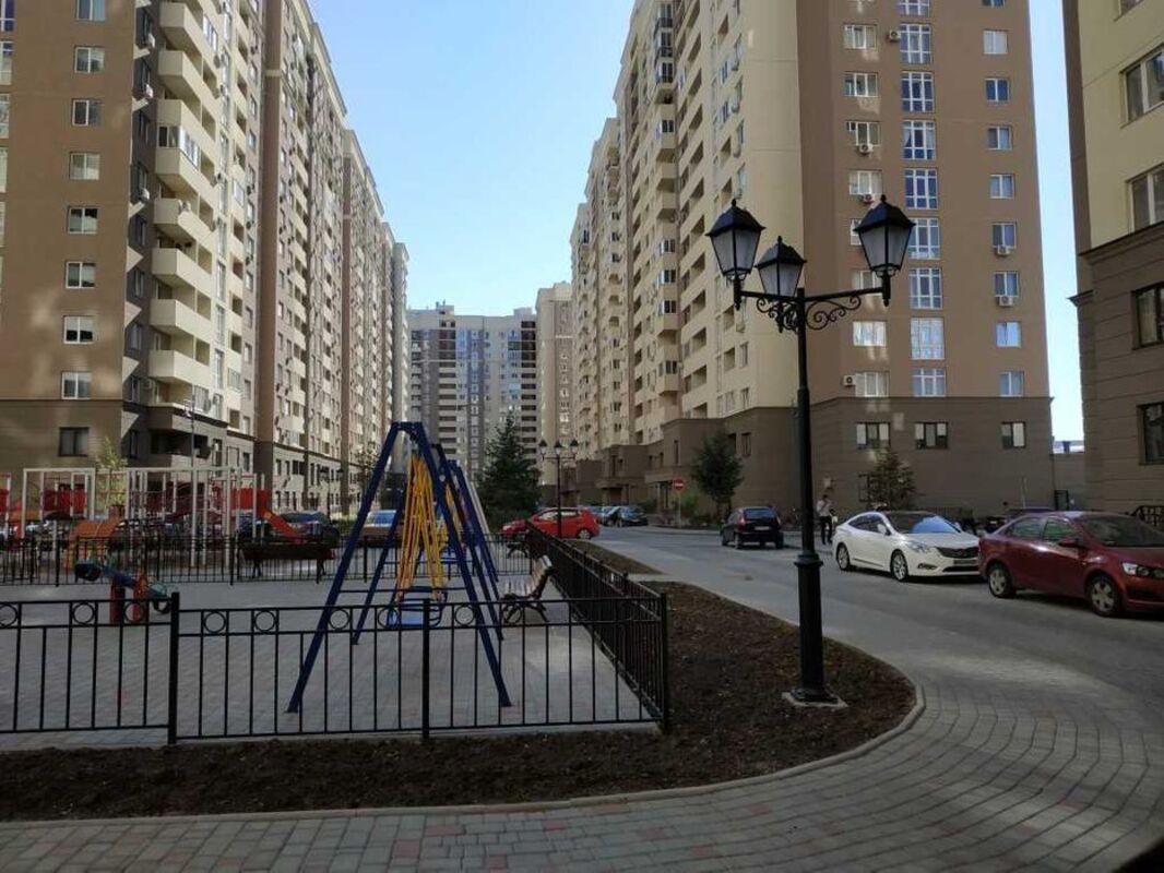 1 комнатная квартира в Одесских Традициях