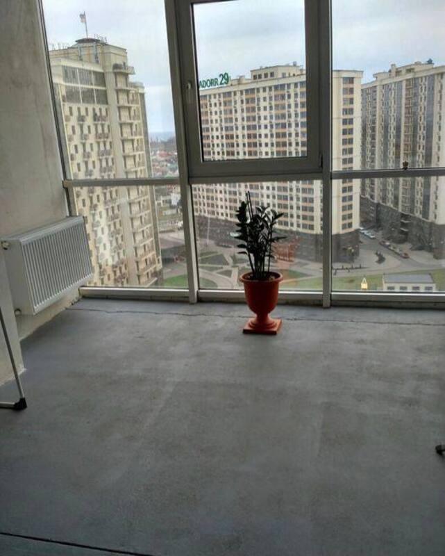 2-комнатная квартира с ремонтом в 5 Жемчужине
