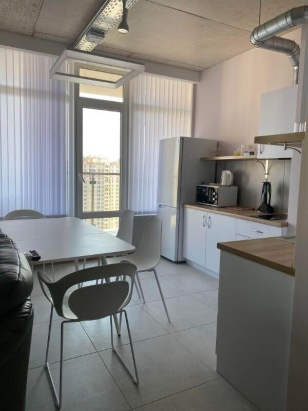 1 комнатная квартира студия на улице Генуэзская