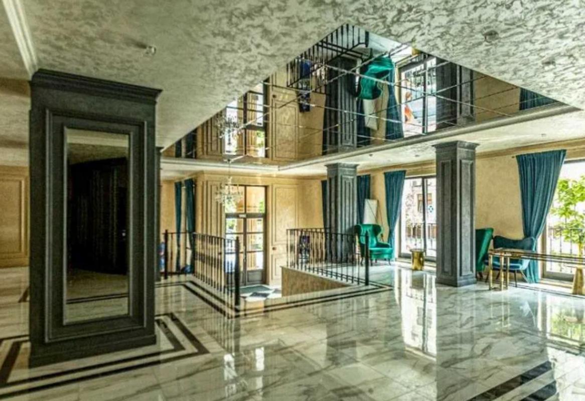 Двухкомнатная квартира в клубном доме Граф.