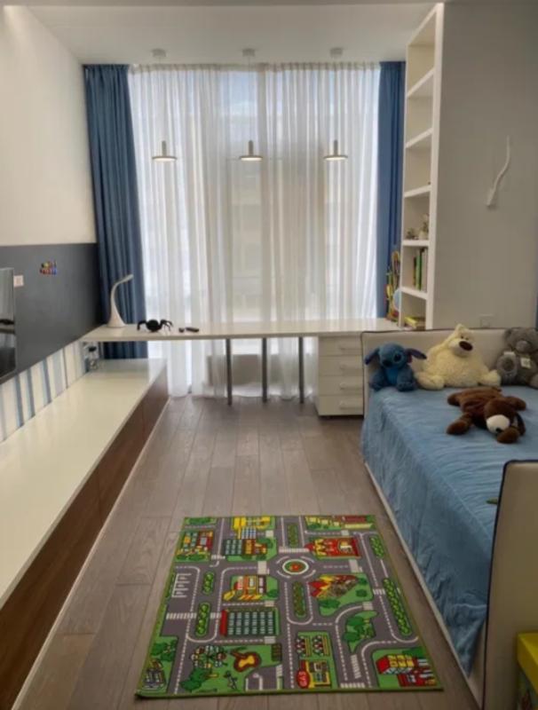 4 комнатная квартира в жилом комплексе 5 Жемчужина