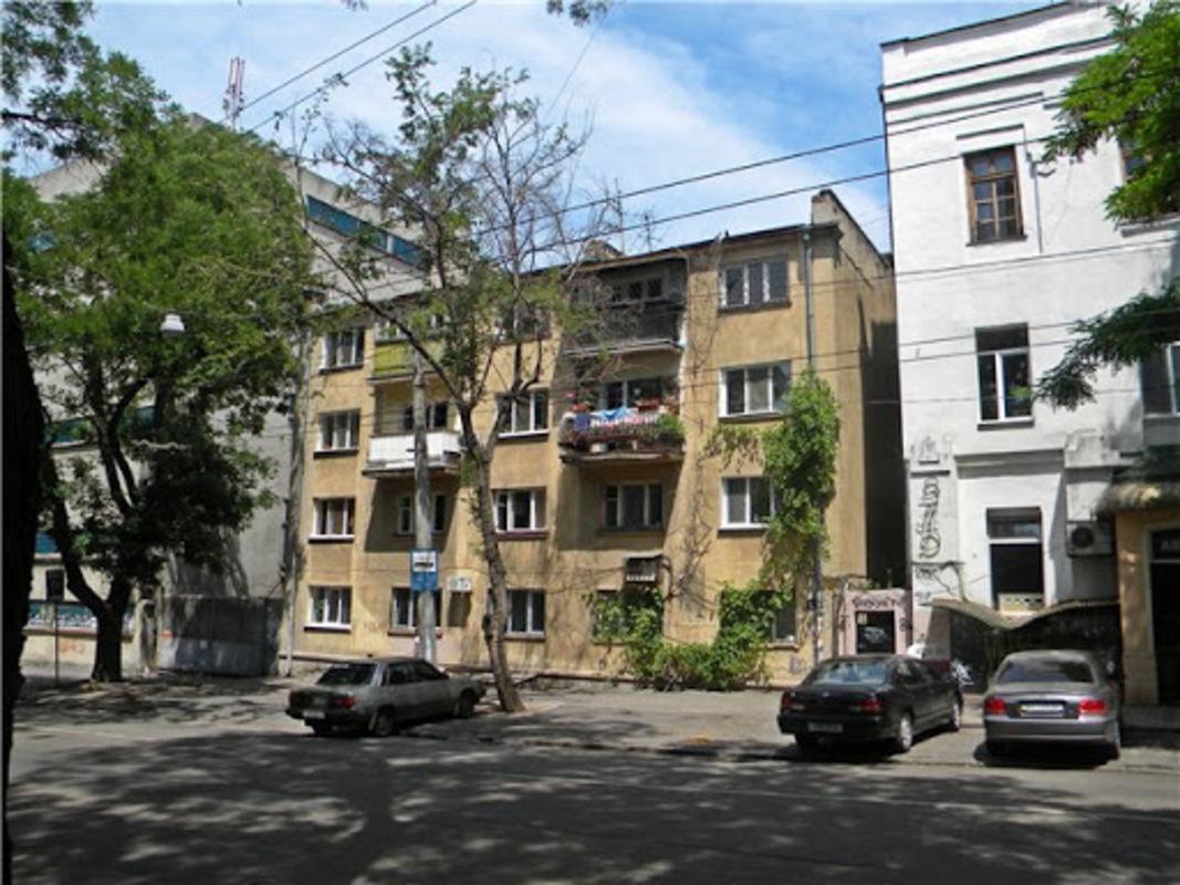 3 комнатная квартира в центре Одессы
