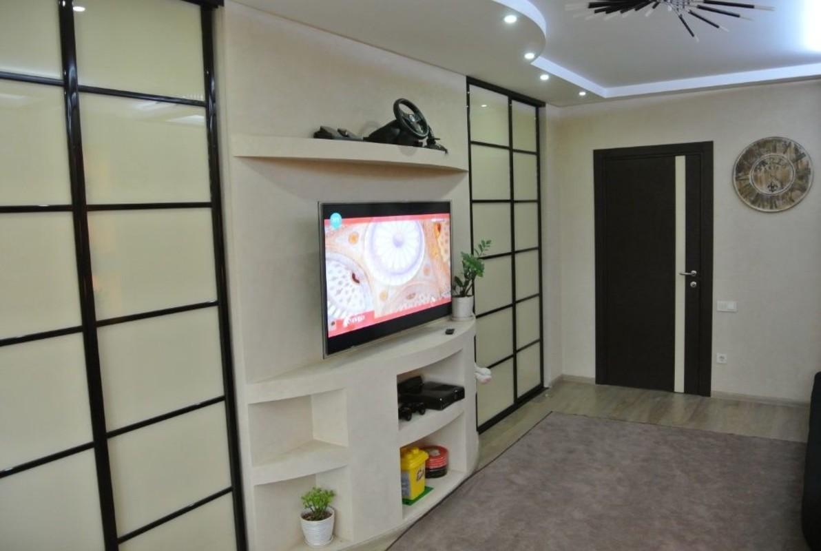 2 комнатная квартира с ремонтом Дюковская/Дидрихсона.
