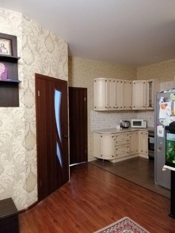 2 комнатная квартира с ремонтом в ЖК Альтаир 1