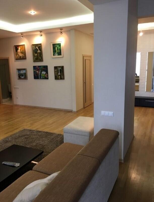 3х комнатная квартира в ЖК Мерседес/Парк Шевченко
