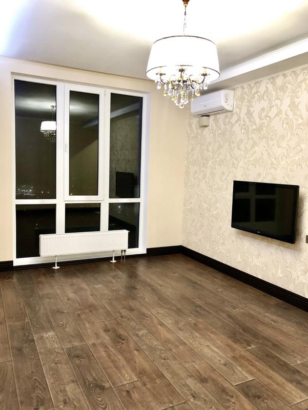 3-комнатная с ремонтом в Альтаир 3