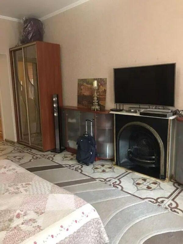 3 комнатная квартира по улице Екатерининской