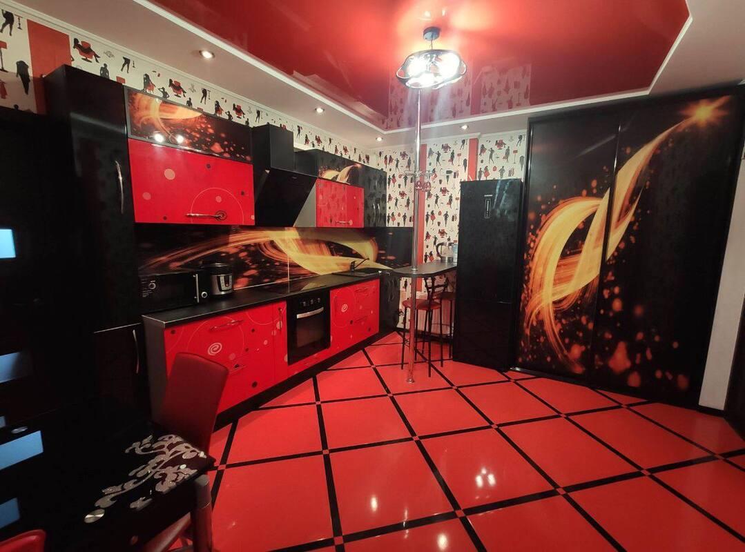 2-комнатная квартира на Бреуса