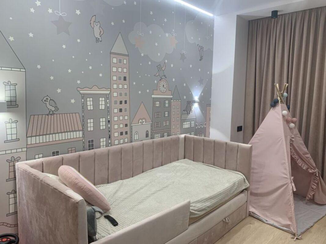 2-комнатная квартира в Дмитриевском 3 с авторским ремонтом