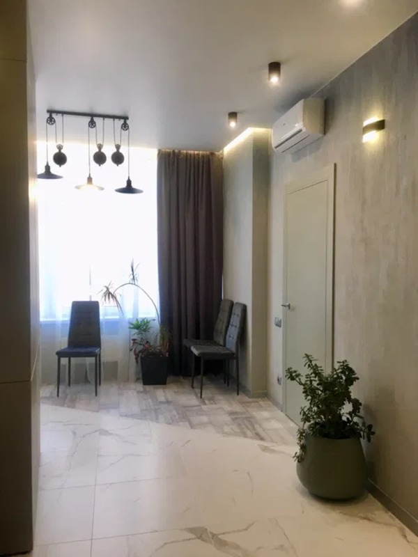 1 комнатная квартира в 43 Жемчужине на Каманина
