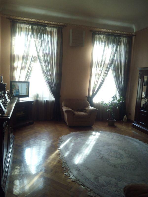 4 комнатная квартира в центре на Троицкой
