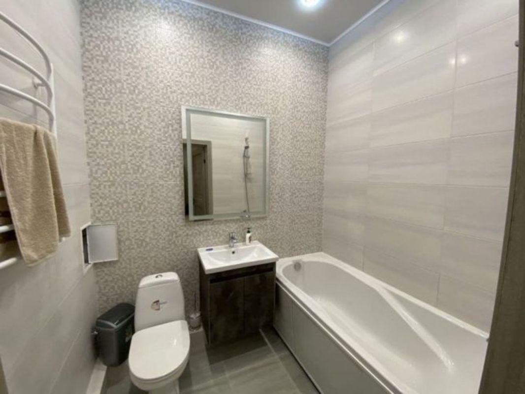 1 комнатная квартира с ремонтом в ЖК Элегия Парк
