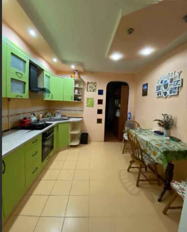 2-комнатная квартира на Александра Невского