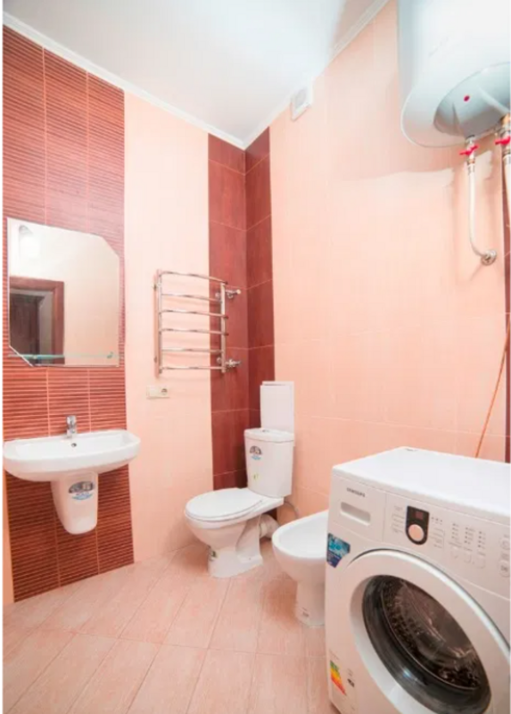 Двухкомнатная квартира на Французском бульваре