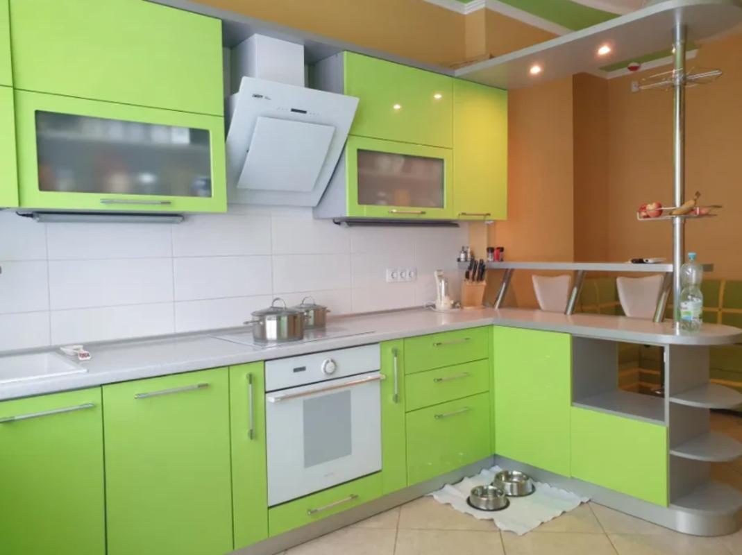 2 комнатная квартира на Проспекте Шевченко