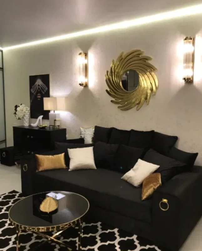 1 комнатная квартира с дизайнерским ремонтом на Каманина