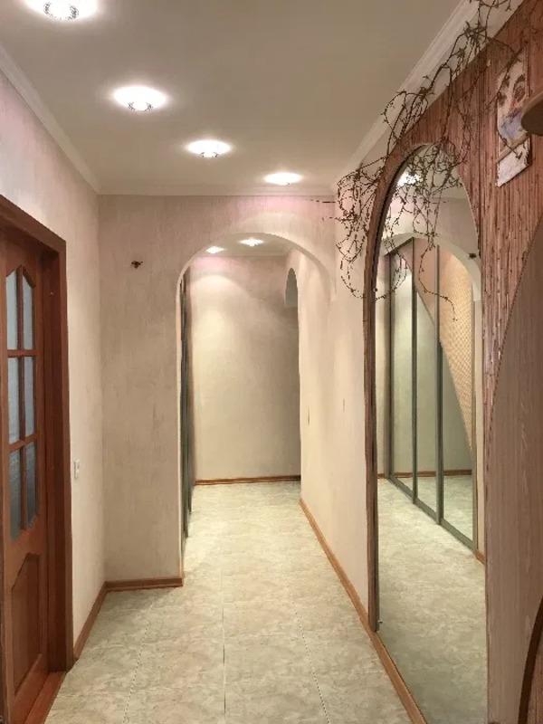 5 комнатная квартира на Академика Королева