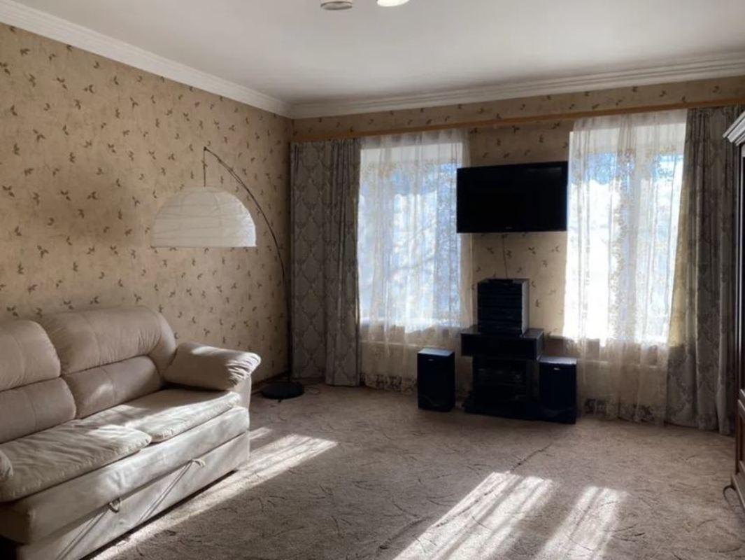 2-комнатная квартира в центре на Болгарской