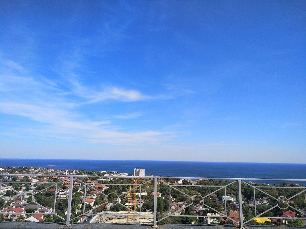 Пентхаус с террасой и видом на море на Львовской